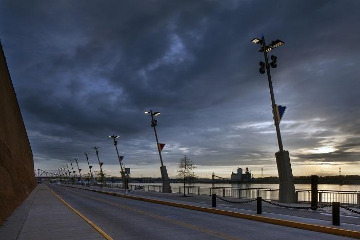 Central Riverfront LKS Blvd and Bikepath